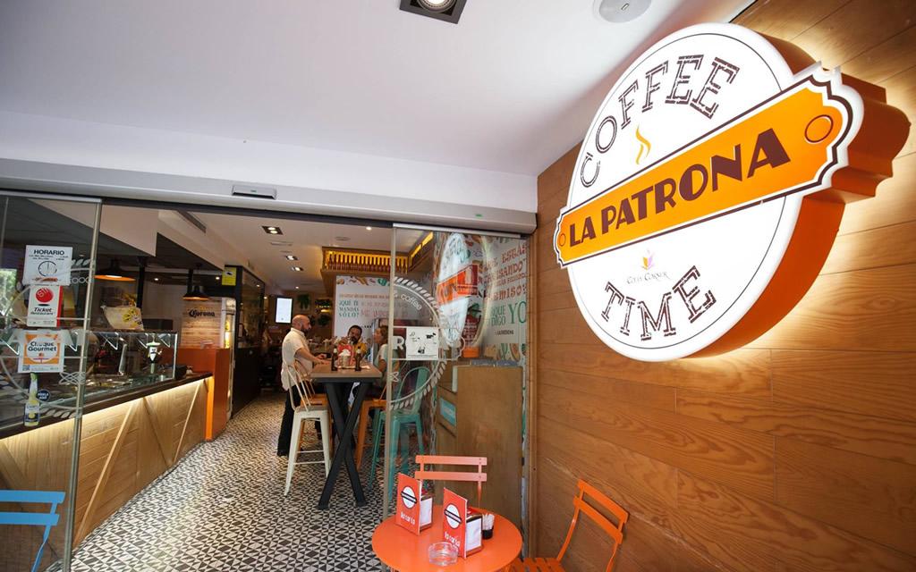 diseño logo la patrona coffee time